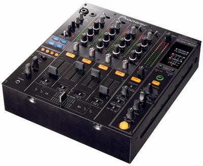 Pioneer анонсировали DJ-микшер DJM-800