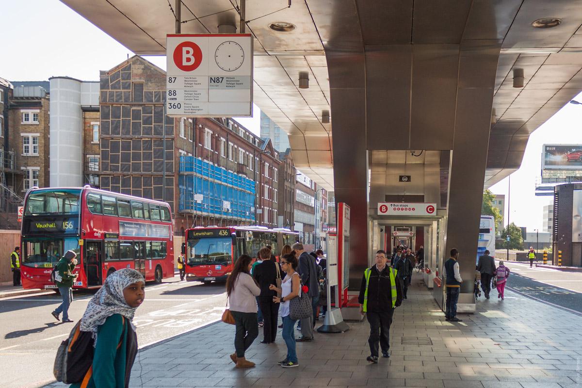Большая автобусная остановка «Воксхолл»