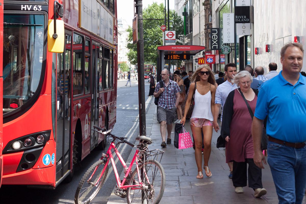Остановка «Грейт-Титчфилд-стрит» (OP) на Оксфорд-стрит