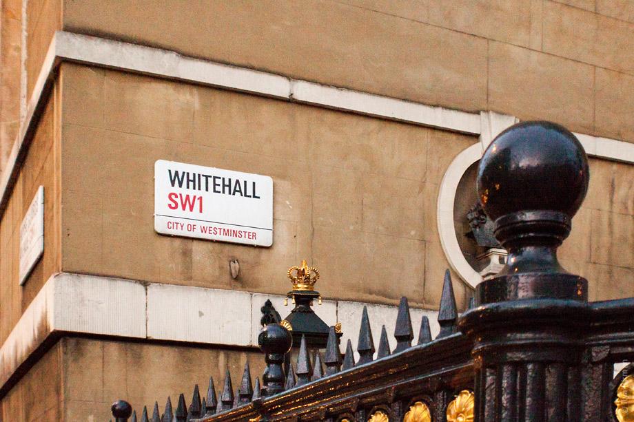 Уличные таблички Лондона. Whitehall